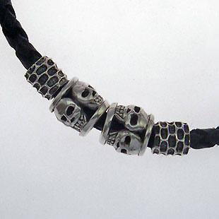 Enter the dragon biker bracelet detailed view